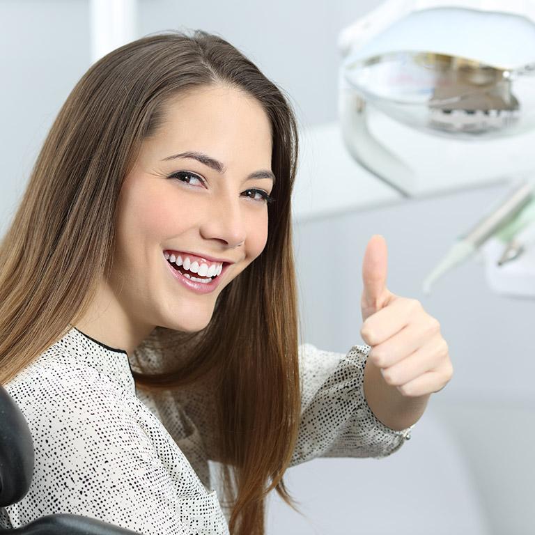 Come scegliere il chirurgo dentale